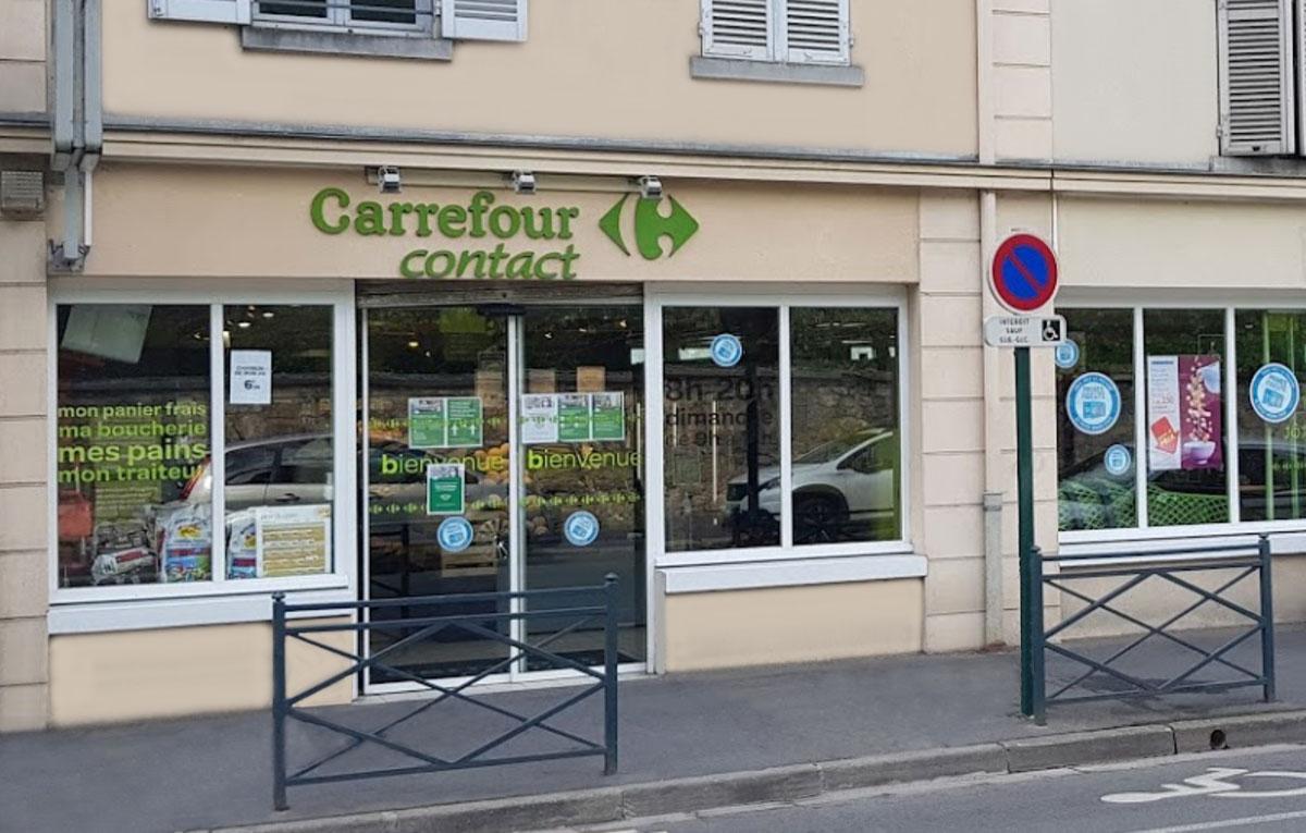 Carrefour Contact, Auvers sur Oise est partenaire du Football Club de Villennes - Orgeval